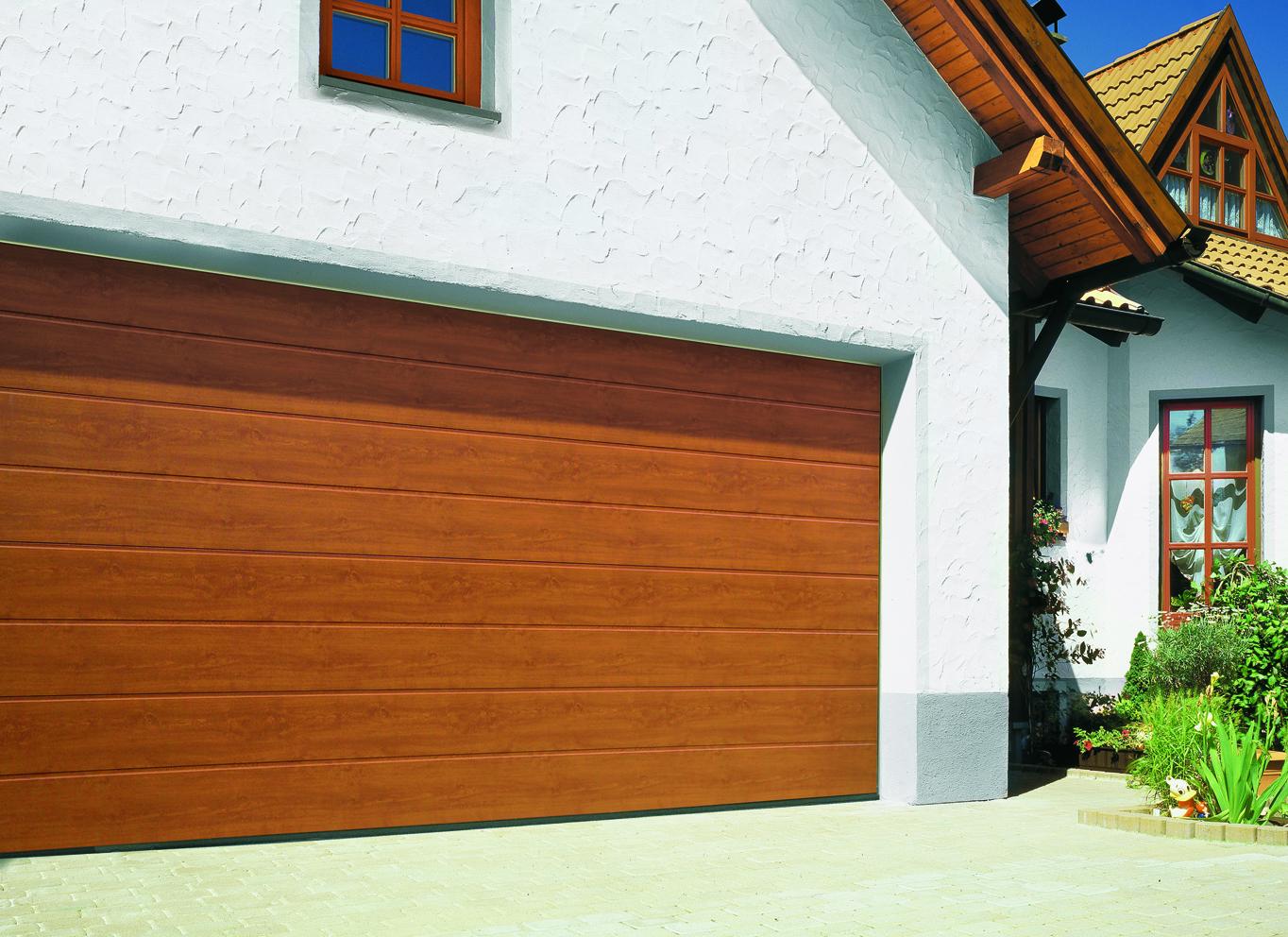 Portones y puertas seccionales aberturas de alta - Garage de madera ...