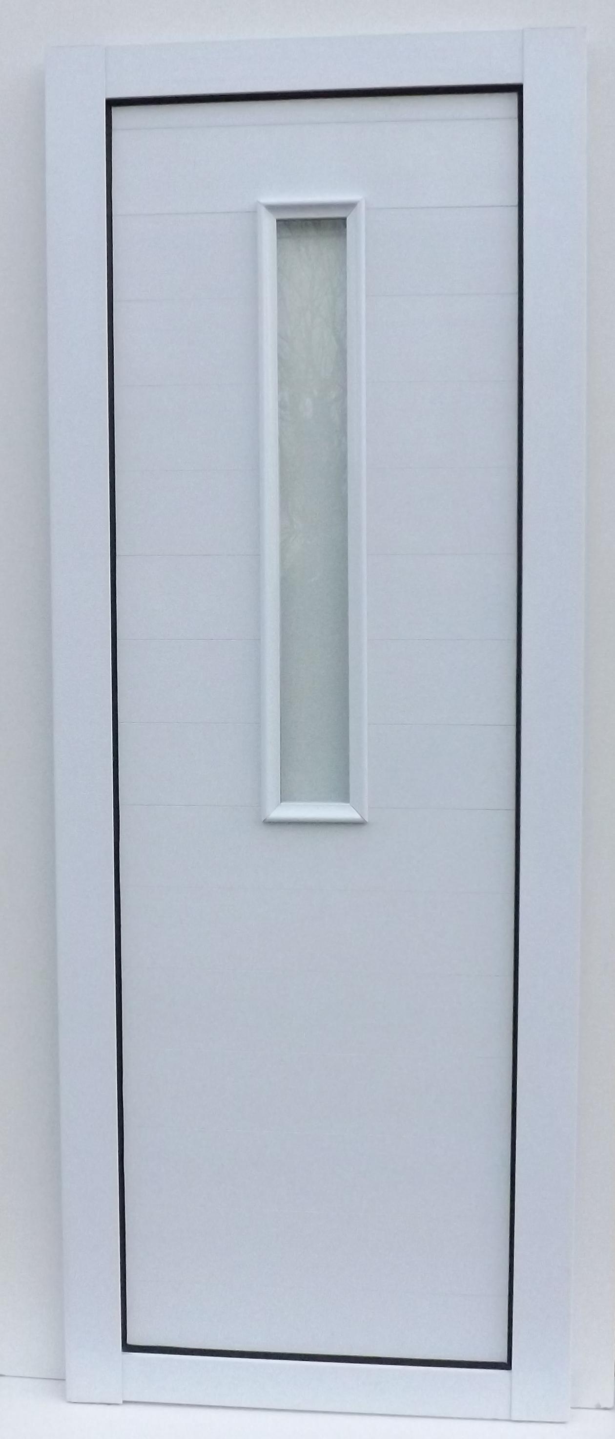 Puerta con vidrio vertical central