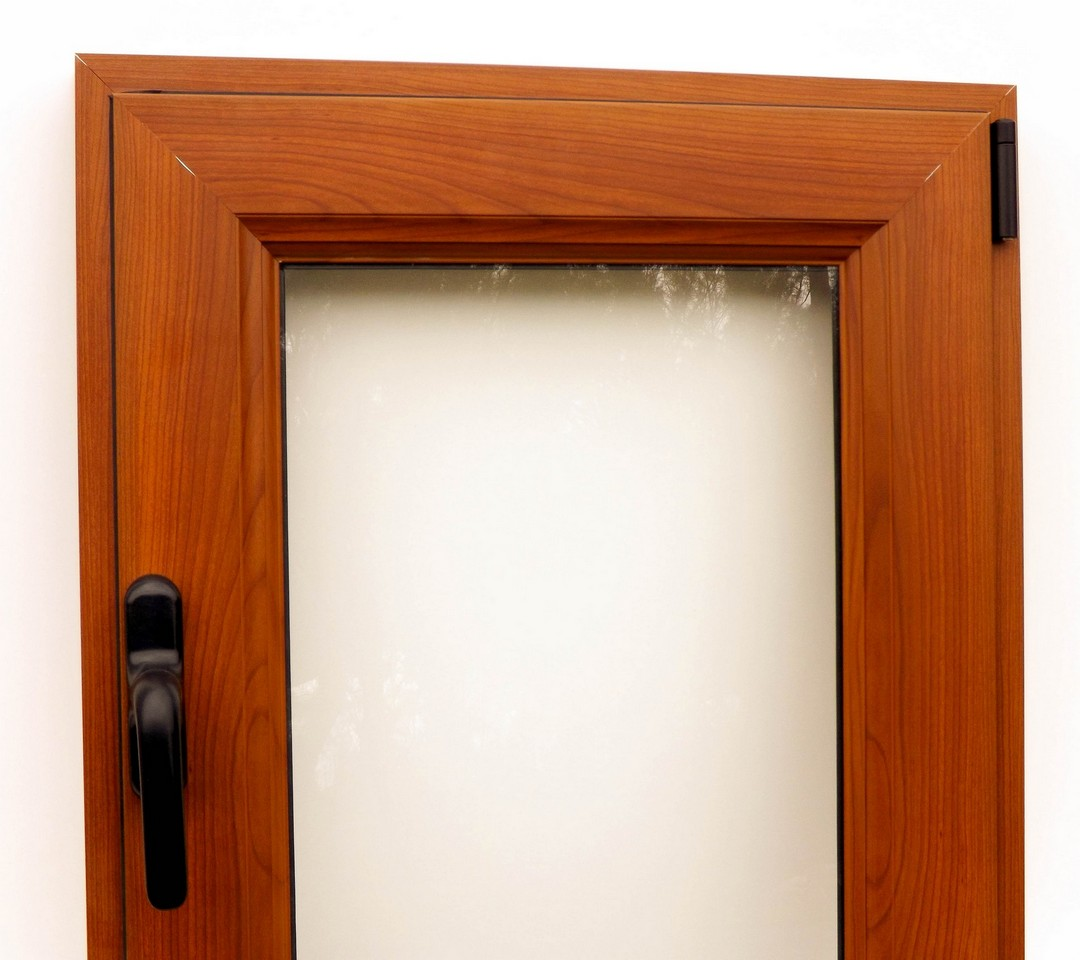 Aberturas de aluminio color madera novedad for Fabrica de aberturas de aluminio